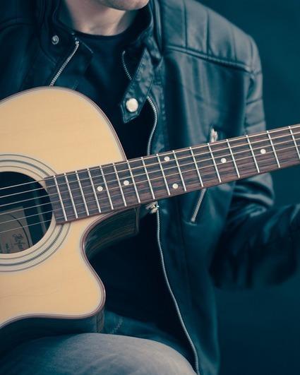 Guitar 756326 1280