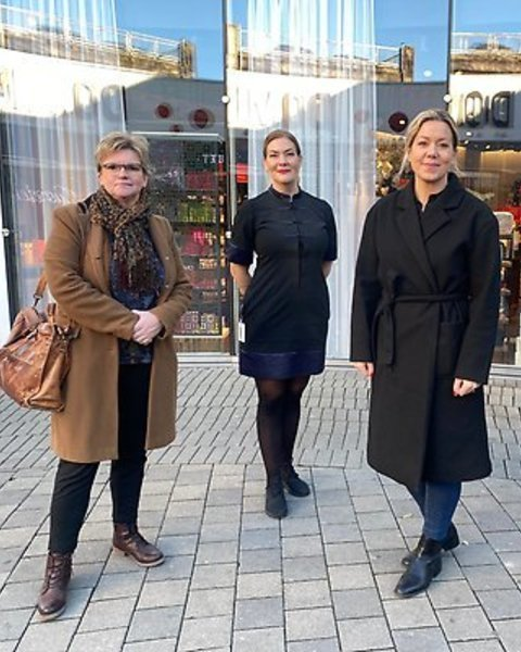 Norrkoping officials and store owners