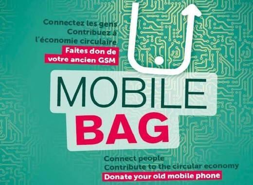 Medium mobile bag facebook