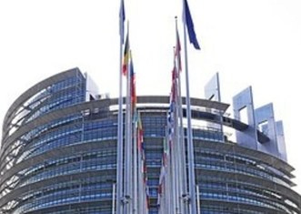 Thumb european parliament 1274736  340