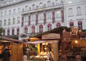 Thumb budapest christmas market facebook header winter sights hargittai 924x693
