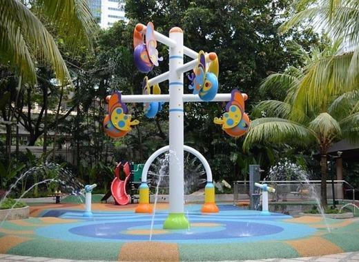Medium playground 1051219 640