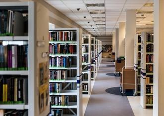 Thumb library 488687 1280