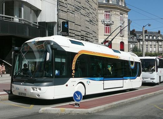 Medium trolleybus cristalis ligne 4