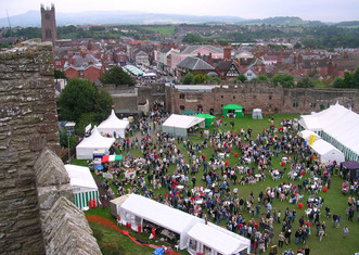 Thumb ludlow food festival 2005 from castle