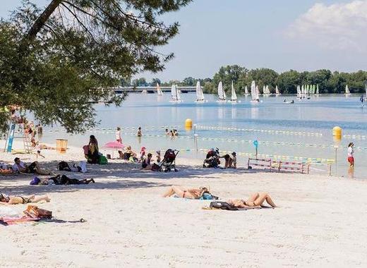Medium plage lac c 1ville de bordeaux