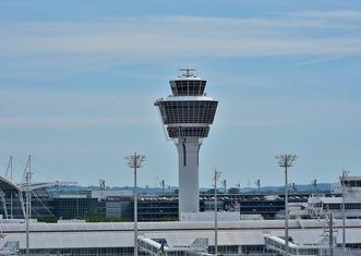 Thumb airport 2384847 1280
