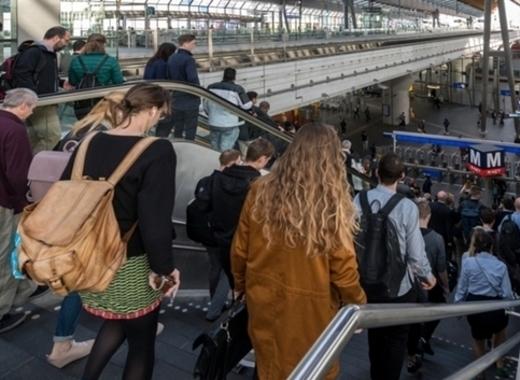 Medium 44052 190423 metrostation bijlmer arena an 3416