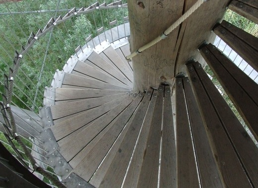 Medium spiral staircase 436034 1280