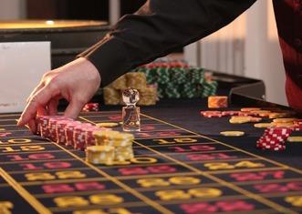 Thumb roulette 2246562 1280