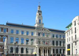 Thumb 800px riga   city hall