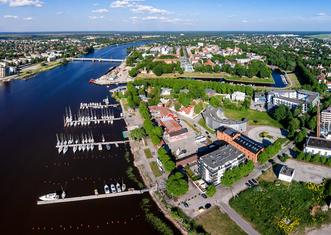 Thumb p%c3%a4rnu kesklinn   aerial photo of p%c3%a4rnu in estonia