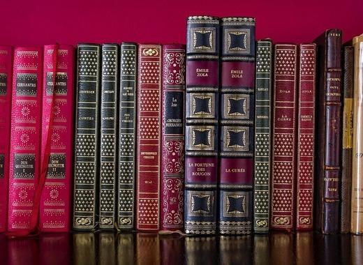 Medium literature 3367197 1280