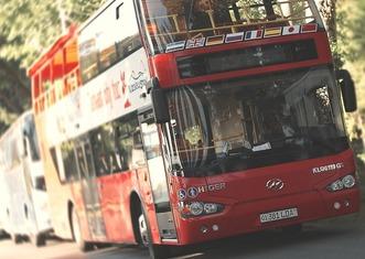 Thumb bus 818426 1280