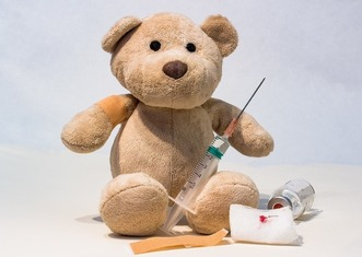 Thumb syringe 1974677 1280