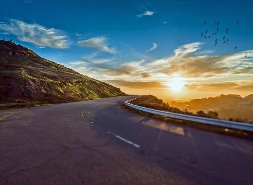 Medium winding road 1556177 1280