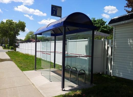 Medium bus stop