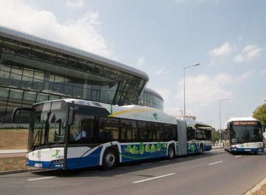 Medium krakow electric buses