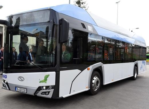 Medium hydrogen power bus poznan