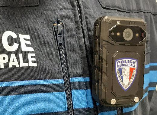 Medium cameras pietons police municipale nov nice