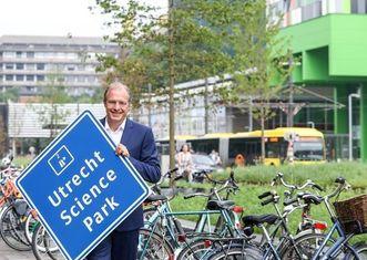 Thumb janhenk van der velden  director utrecht science park