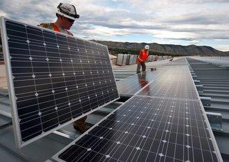 Thumb solar panels 1794467 1280