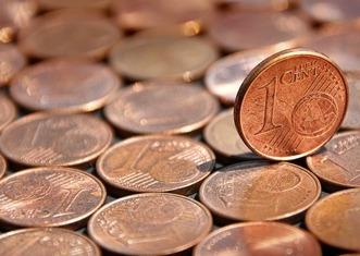 Thumb coin 2357072 1920