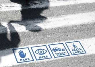 Thumb pasos de peatones inclusivos