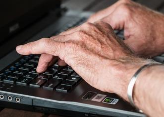 Thumb hands 545394 1920