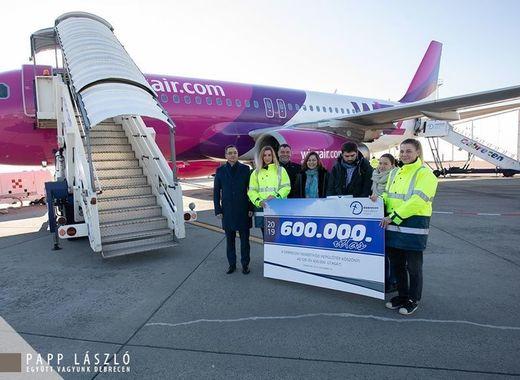 Medium debrecen airport 600 000th passenger