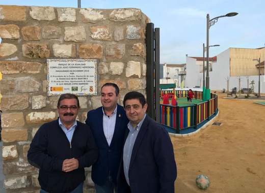 Medium 1800 square meters of green area in sabiote inaugurated in the end of december