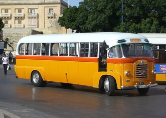Thumb bus 670966 1920