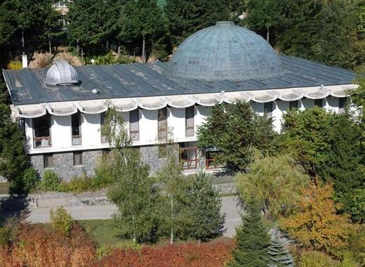 Medium planetarium1 big