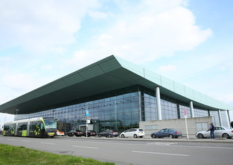 Thumb luxairport 042015 terminal   j. bands   lux airport