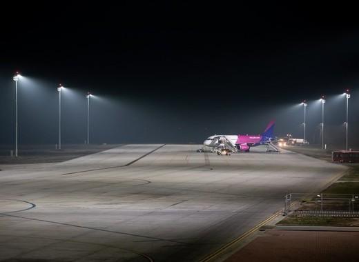 Medium debrecen airport lighting