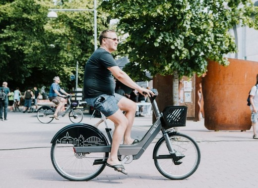 Medium tartu smart bikes