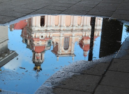 Medium vilnius reflection in puddle