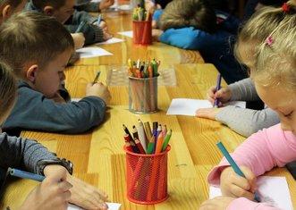 Thumb kindergarten