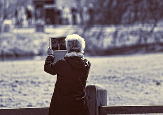 Thumb lady 3323721 1920
