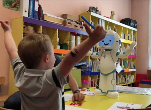 Medium qtrobot autism therapy children with autism 5