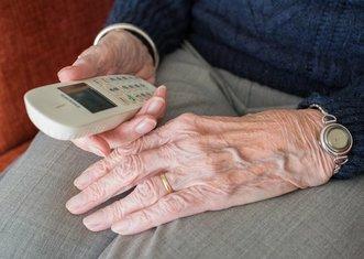 Thumb people 3188291 1920