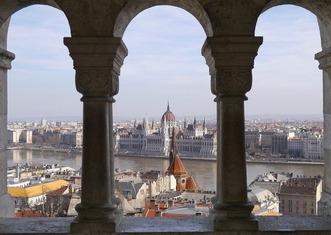 Thumb budapest cityscape