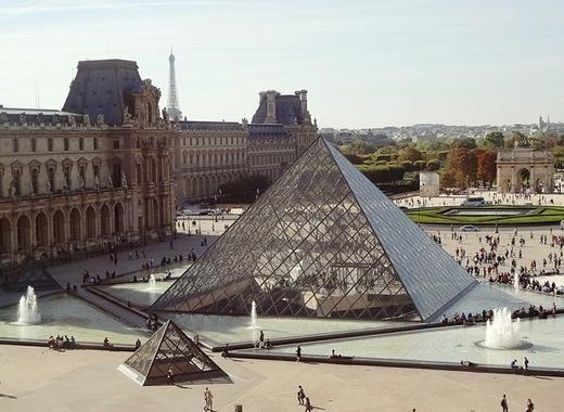 Medium pyramid 495398 1280