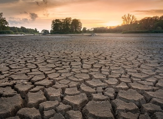 Medium drought 3618653 1920