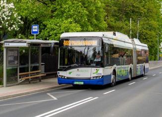 Thumb emissions free bus   krakowski holding komunalny sa