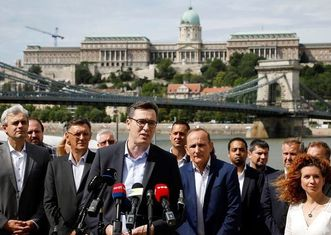 Thumb hungary budget opposition mayors