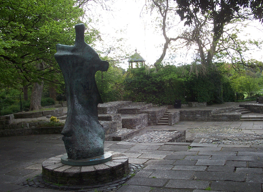 Medium dublin   st stephen s green   yeats memorial