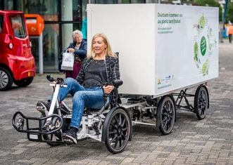 Thumb cargobike in the hague   plasticity project
