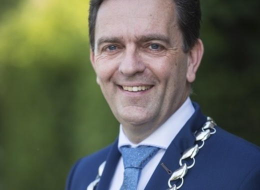 Medium michel bezuijen   mayor of rijswijk