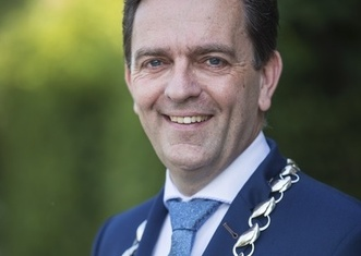 Thumb michel bezuijen   mayor of rijswijk